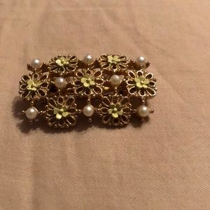 Goldstone Pearls Yellow Floral Brooch/Pin